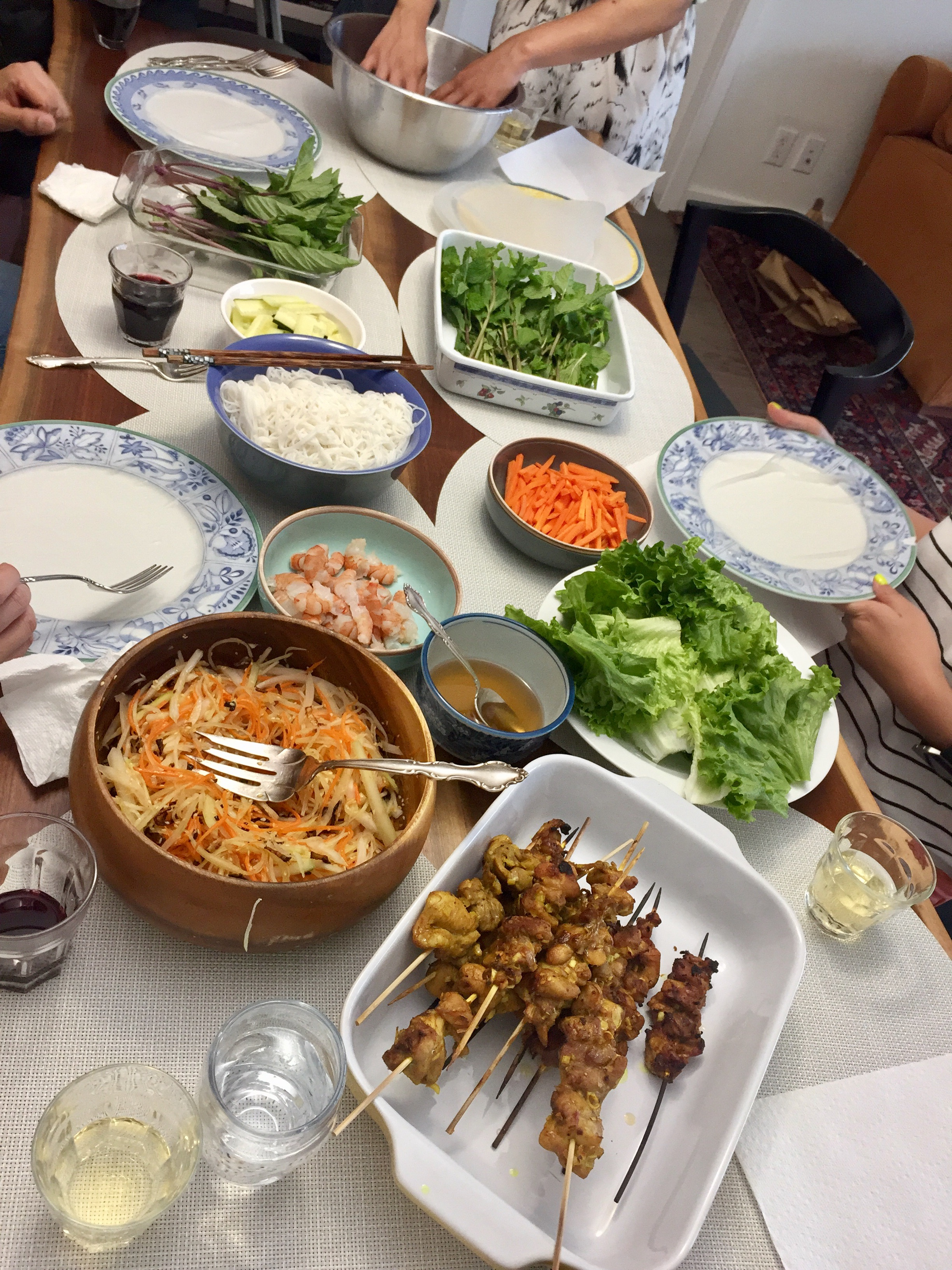 Ms. Vy's Cooking School + Throwing a Summer Roll Party