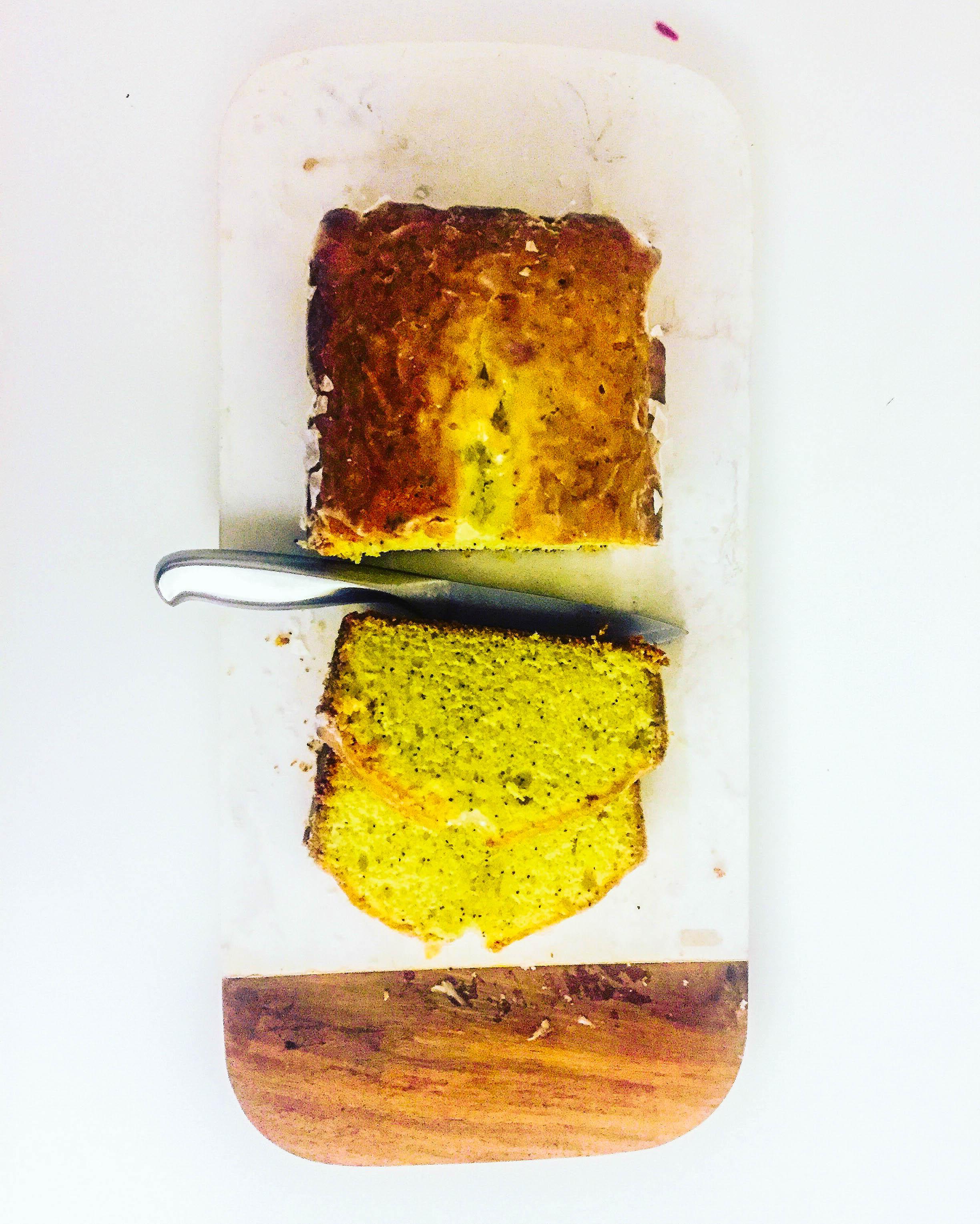 The Best Lemon Poppyseed Cake Recipe Ever