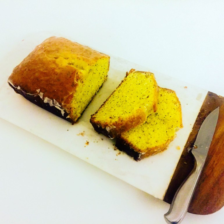 Lemon and Poppyseed Cake (National Trust Version)